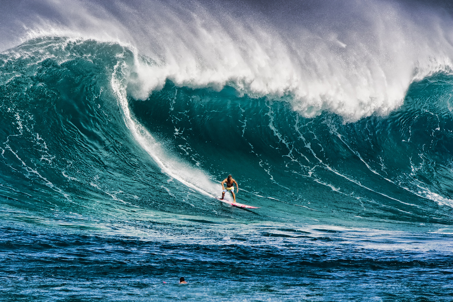 Surfing-in-Waimea-Hawaii