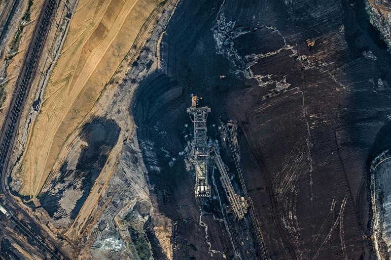 AV_Coal_Mine001